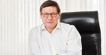 Daniel Renous CEO Record Express